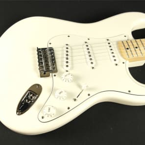 Fender Standard Stratocaster - Maple Fingerboard - Arctic White (482) for sale