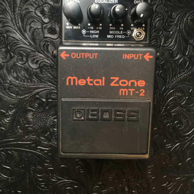 Boss MT-2 Metal Zone Distortion w/ Keeley Mod