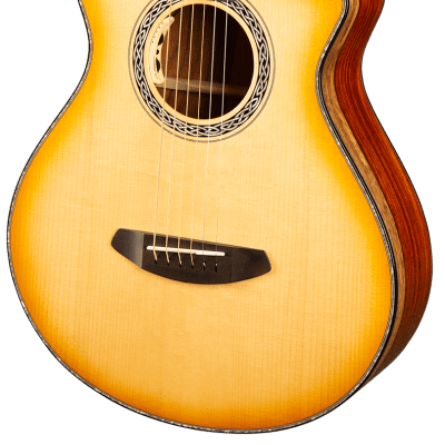 Breedlove Legacy Concertina Acoustic Guitar CE in Natural Shadow