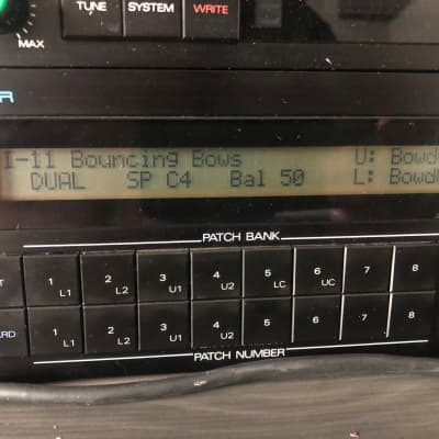 Expanded Roland  D-550 with PG-1000 Programmer