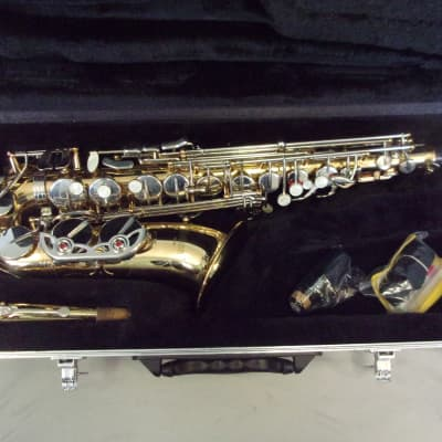 High Quality! Selmer AS500 Alto Saxophone Outfit with New Yamaha  Mouthpiece + Case + Extras!