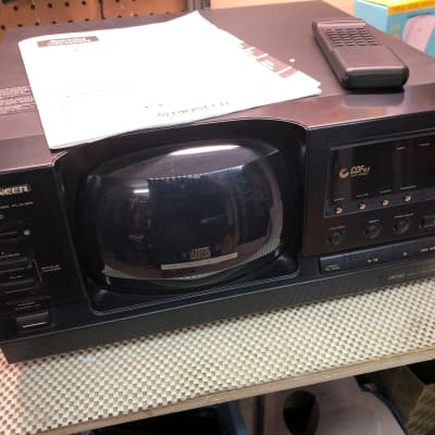 Pioneer PD-F906 101 Disc CD Carousel Player w Original Remote & Manual