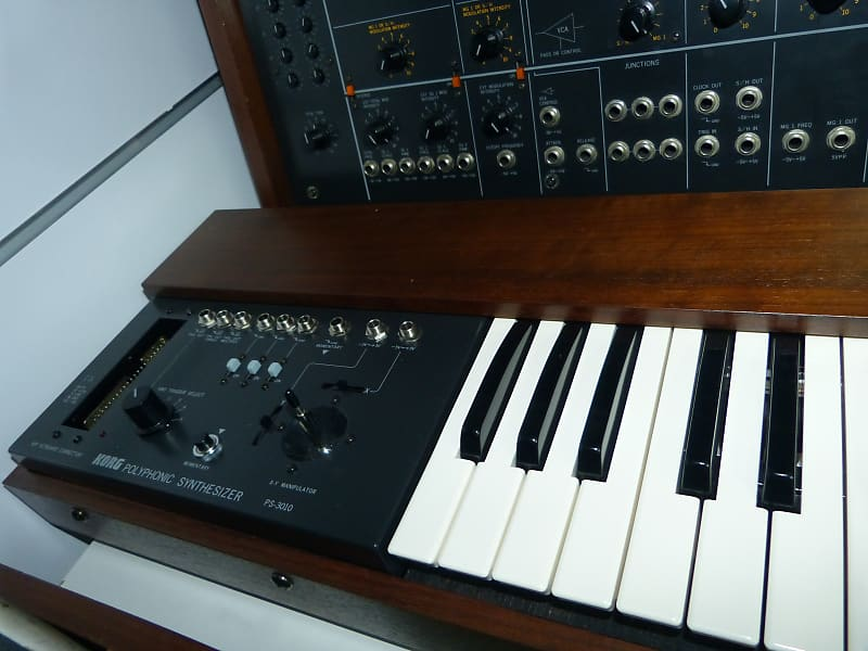 korg ps 3200 programmable polyphonic synthesizer with kenton reverb. Black Bedroom Furniture Sets. Home Design Ideas