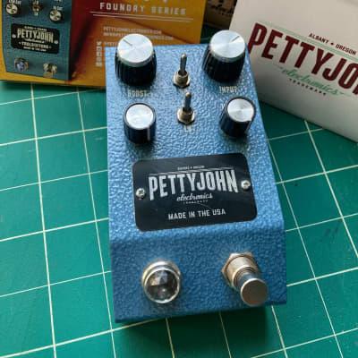 Pettyjohn Electronics Lift Buffer/Boost V1