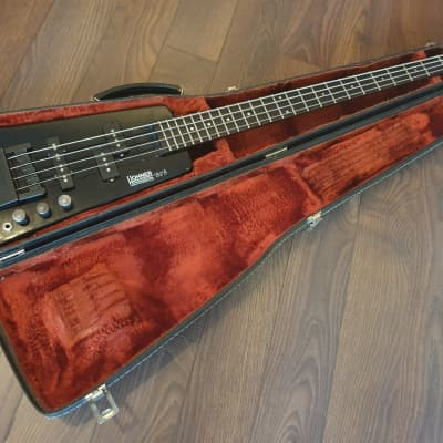 Hohner B2B Headless Bass with case for sale