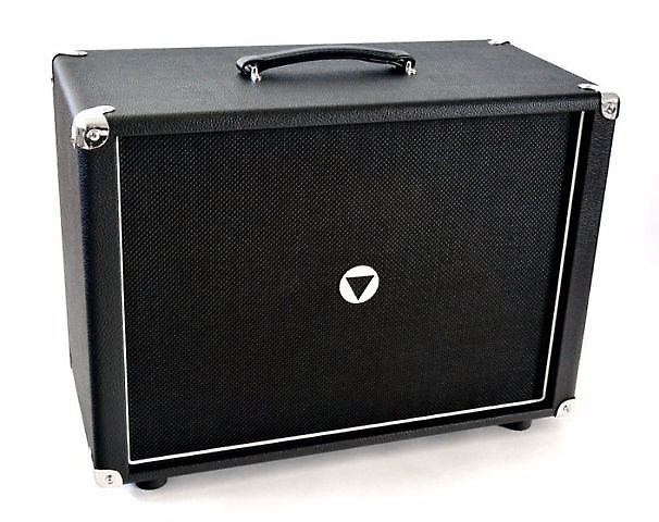 V Boutique Vumble 1x12 Black Bronco Black Piping Black Grill
