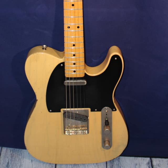 ICONIC  52 T  VINTAGE TELECASTER 2018 BUTTER SCOTCH image