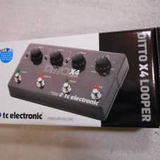 TC Electronic Ditto X4 LooperEffects Pedal