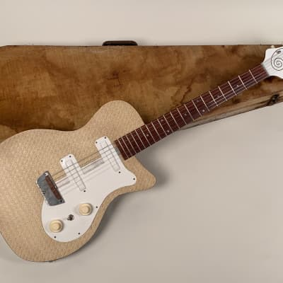 1954 First Series Prototype Danelectro Single Cutaway Tweed Body Full Bell Curly-Cue Script Logo for sale
