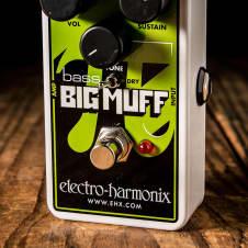 Electro-Harmonix Nano Bass Big Muff Pi Distotion/Fuzz/Overdrive Pedal