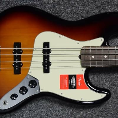 Fender American Pro Jazz Bass, 3 Tone Sunburst with Rosewood Board *Factory Cosmetic Flaws = Save $