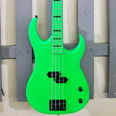 Dean Custom Zone Bass Nuclear Green CZONE BASS NG for sale