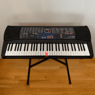 Casio LK-30 61-Key Key-Lighting Keyboard