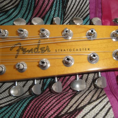 Fender Stratocaster traditional 12 strings 2018 Sunburst brand new for sale