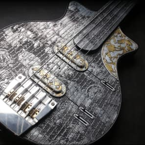 "iVee Guitars #13 ""TTT Bass"" Misery 3030"