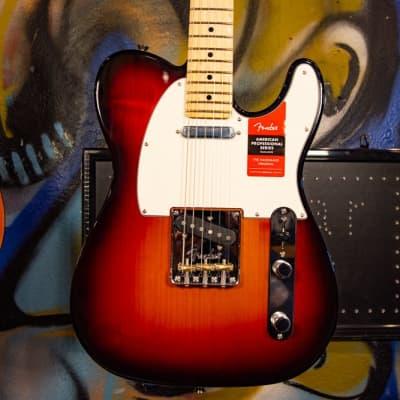 Fender American Professional Telecaster Maple Fingerboard Electric Guitar 3-Color Sunburst