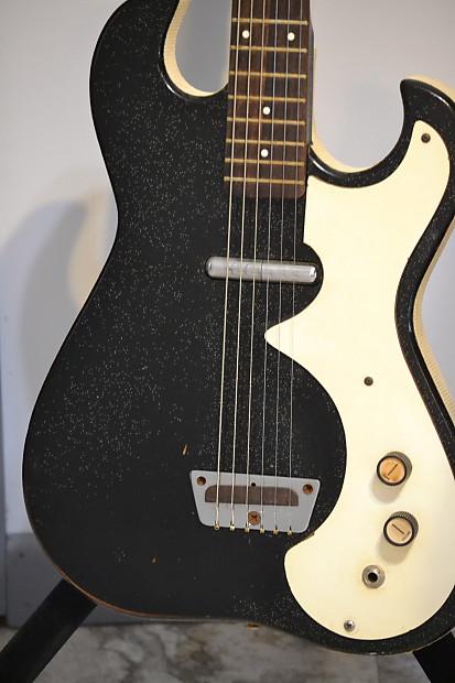 Silvertone Danelectro Amp In Case 1960's Black And White