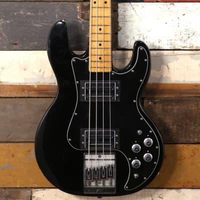 1982 Peavey T-40 Bass Black
