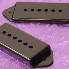 Lindy Fralin P90 Dogear Pickup Covers For Hollow Body Guitars, Black, Set of Two