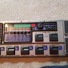 DigiTech GNX4 multi-effects pedal