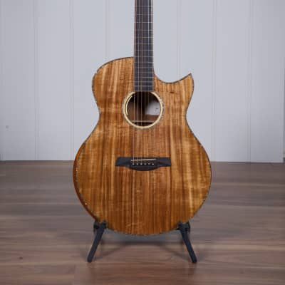 Maestro Original Series RAFFLES KO CSB K Guitar w/Case for sale