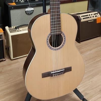 Godin Guitar Presentation