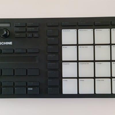 Native Instruments Maschine Mikro MK3 2020 Black