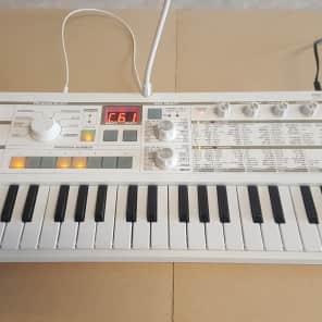 Korg microKORG S Synthesizer/Vocoder with Gator Case