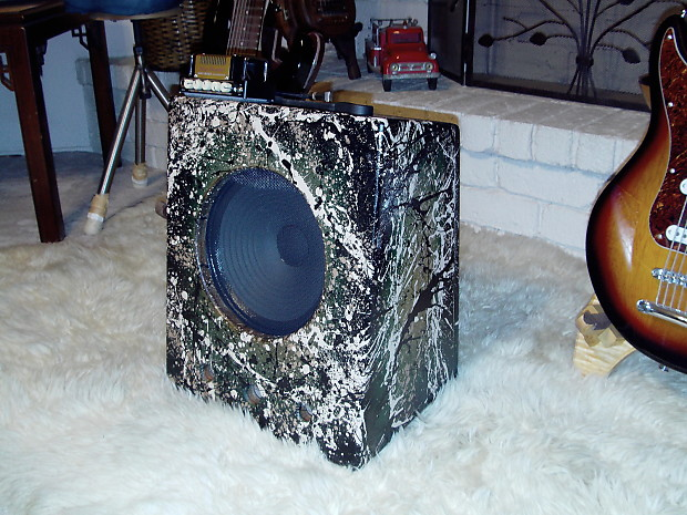Custom Soundboard Speaker Cabinet w/Celestion 10