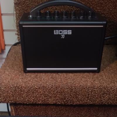 Boss KTN-MINI Katana Mini 7-Watt 1x4 Modeling Guitar Combo