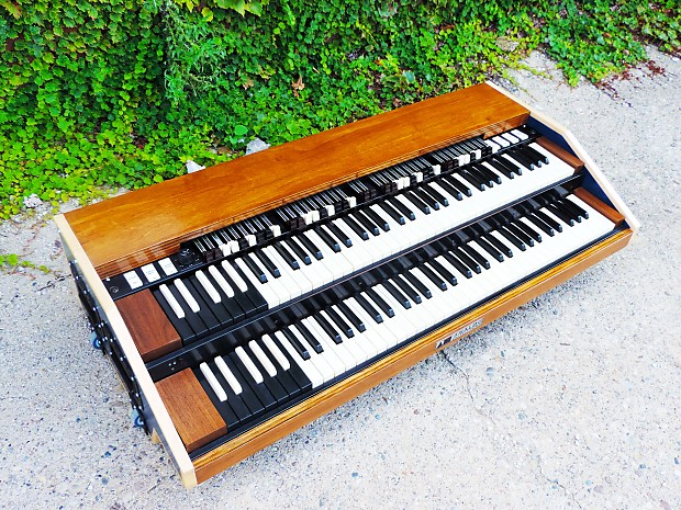 Analog Outfitters ORGANiC 261 MIDI Controller