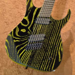 Strictly 7 Guitars Cobra K7 HT B Fannd Fret Black with Yellow Grain Fill for sale
