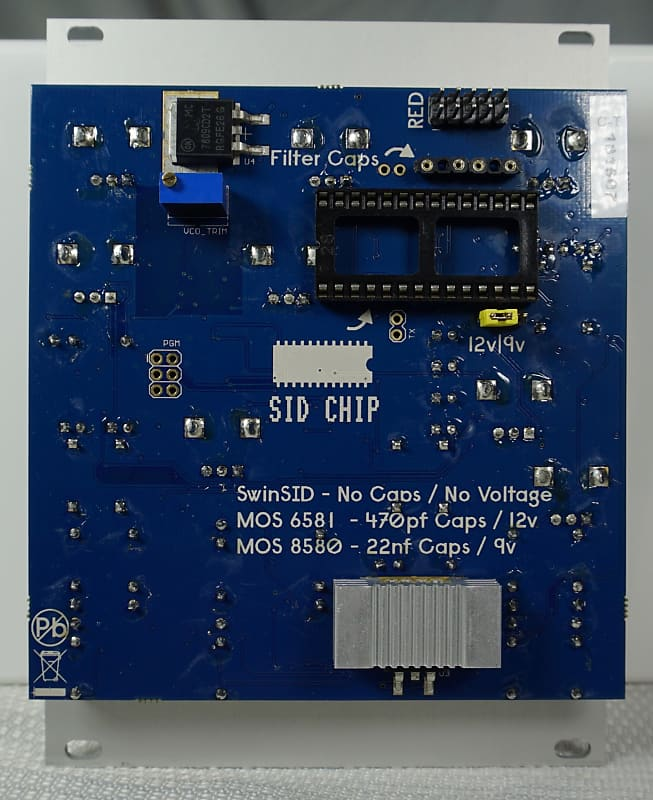 ALM/Busy Circuits SID Guts Deluxe with both SIDSWIM and 6581 R3 SID Chips