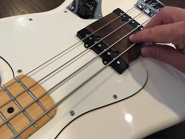bass ramp thumb rest for american and mexican mim fender reverb. Black Bedroom Furniture Sets. Home Design Ideas
