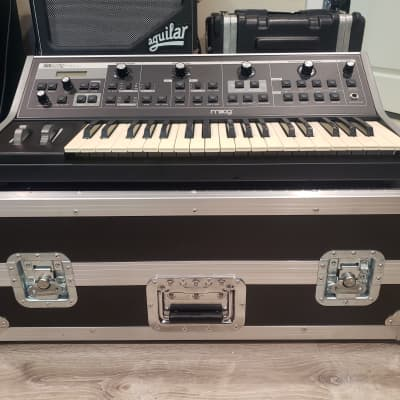 Moog Little Phatty Monophonic Analog Synth with Moog Hardshell Road Case