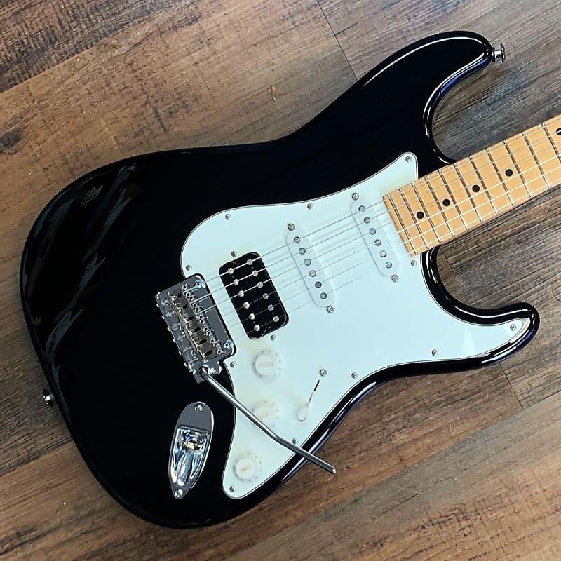 Suhr Classic S Electric Guitar Maple Neck Black Finish