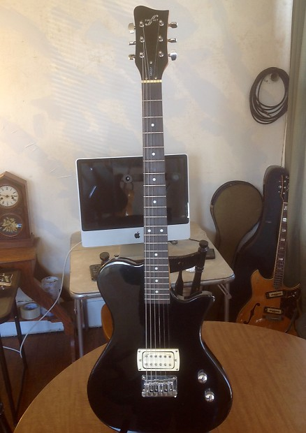 First Act Me537 Electric Guitar Black