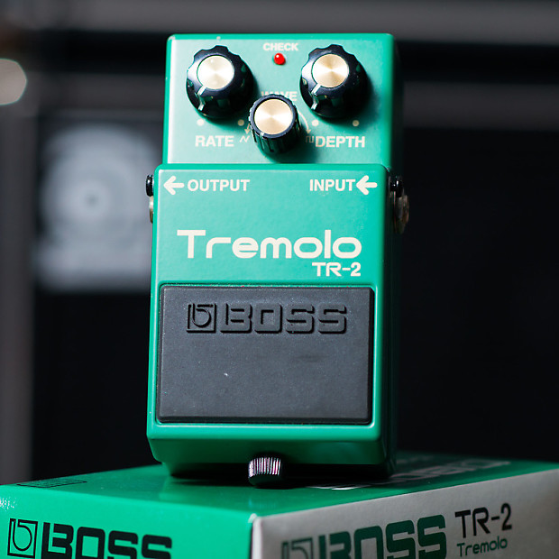 Boss TR-2 Tremolo with Keeley Mod
