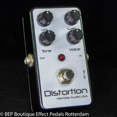 Hermida Audio Distortion 2008 hand built and signed by Mr. Alfonso Hermida USA.