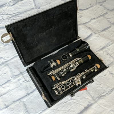 Vito 7212 Clarinet Outfit w/case C33380