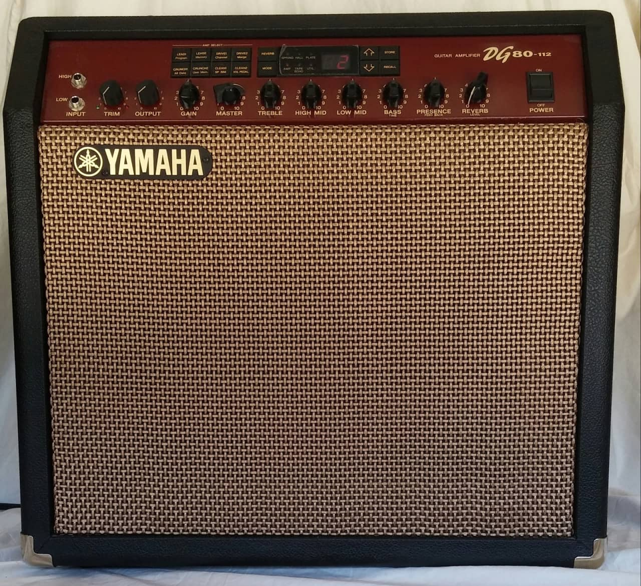 Yamaha dg80 112 guitar combo amp excellent condition reverb for Yamaha thr amp