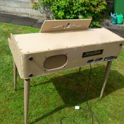 Wurlitzer 145 1963 beige/tube driven electric piano