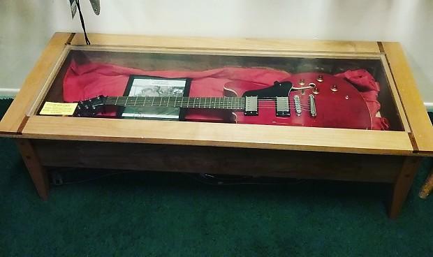 west hills wood guitar display case reverb. Black Bedroom Furniture Sets. Home Design Ideas