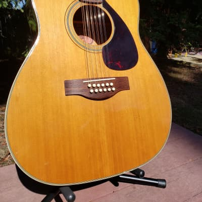 Yamaha FG-230 12-String Jumbo Dreadnought Natural