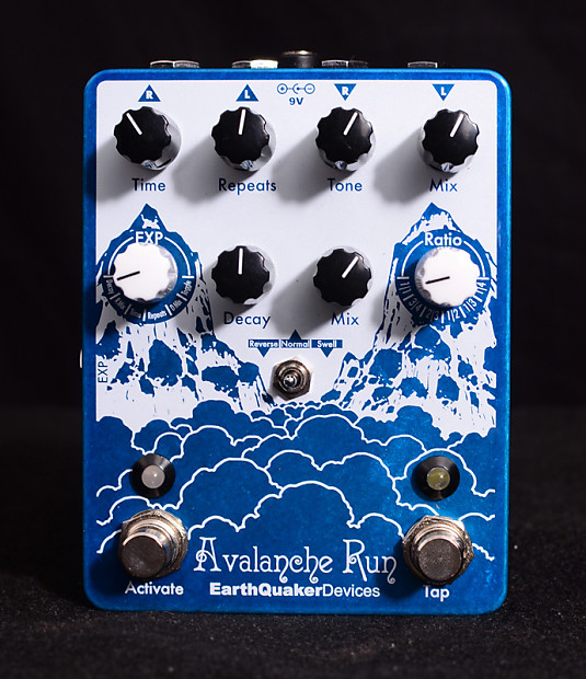 new earthquaker devices avalanche run pedal stereo delay reverb. Black Bedroom Furniture Sets. Home Design Ideas