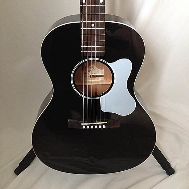 the loar lo 16 small body acoustic guitar reverb. Black Bedroom Furniture Sets. Home Design Ideas