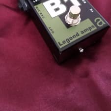 AMT ElectronicsLegend Amps Series B1 Preamp Guitar Effects Pedal