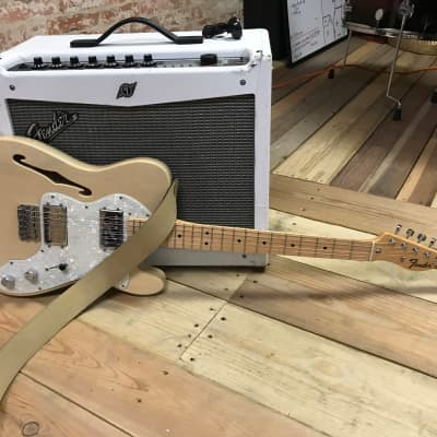 Fender Classic Series '72 Telecaster Thinline Cream for sale