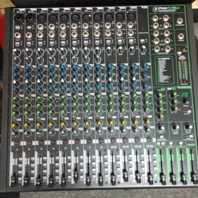 Mackie ProFX16v3 16-Channel Effects Mixer