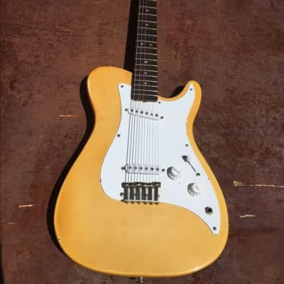 Fender Bullet Deluxe II 1981 for sale